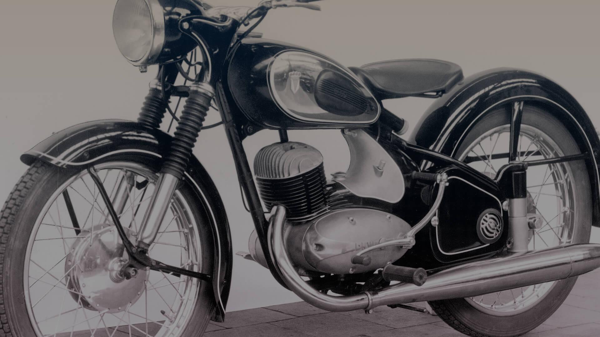 Motorkerékpárok a nagyvilágból